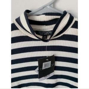TopShop NWT Navy Blue Striped Cropped Turtleneck
